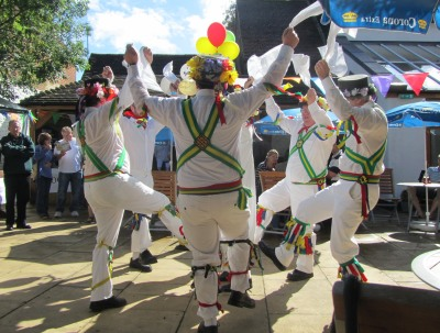 Abingdon Traditional Morris Dancer Gives up Beer