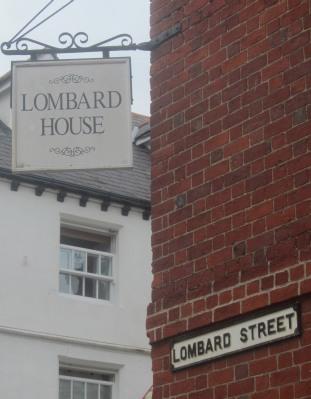 Lonbart Street
