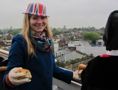 Diamond Jubilee Bun Throw