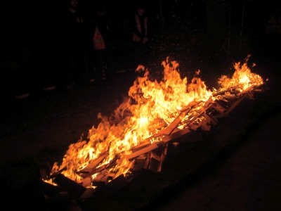 Against Breast Cancer - Abingdon Firewalk
