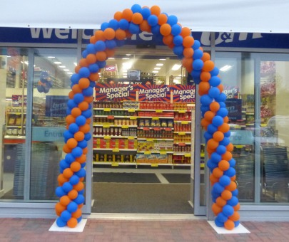 New Store Opens at Fairacres