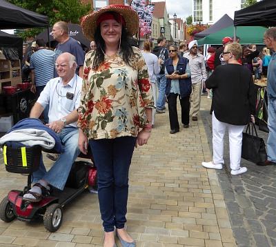 Abingdon blog 2nd oxfordshire chilli festival for Giant chilli thai
