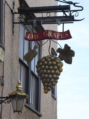Grapes Sign