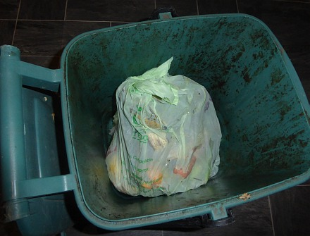 Plastic bags can now be used to line food waste bins