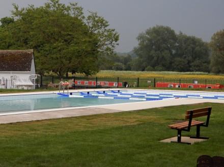 White pool turns Blue