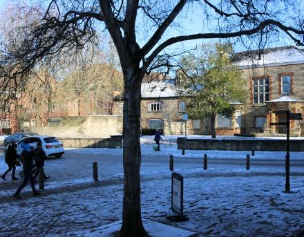 Tracking Abingdon Snow