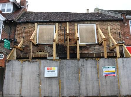 Abingdon Broken Windows