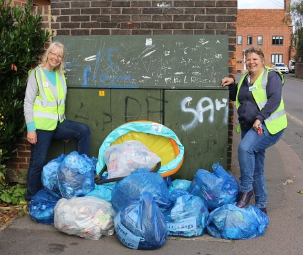 Reynolds Way Litter Pick